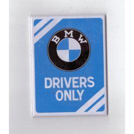 """Bmw hűtőmágnes """"Drivers Only"""" 6 x 8 cm"""