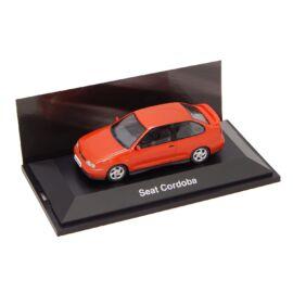 Seat Cordoba red Dealer packaging modell autó 1:43
