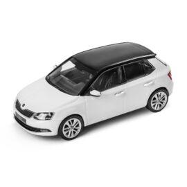 Skoda NEW Fabia Candy White/black roof modell autó 1:43