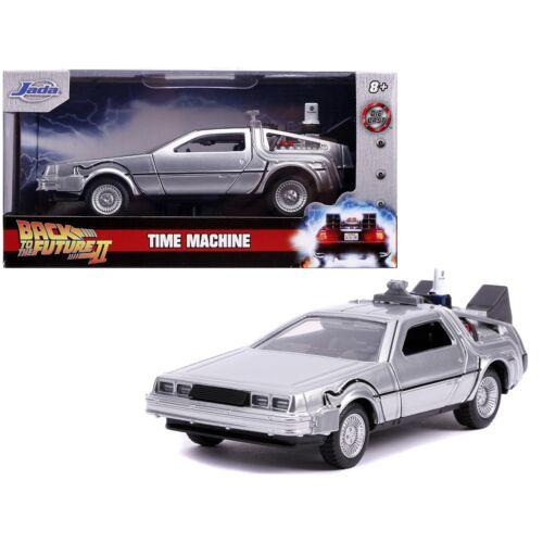 Back To The Future Delorean part 2 modell autó 1:32