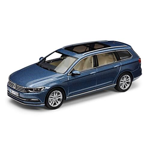 Volkswagen Passat Variant 2014 modell autó 1:43 harvardblauw metallic