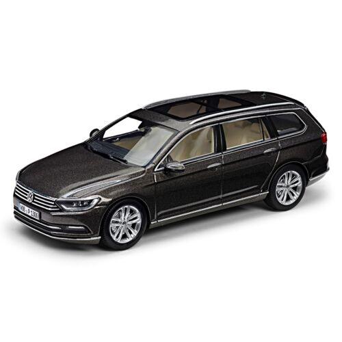 Volkswagen Passat Variant 2014 modell autó 1:43 black oak bruin metallic